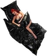 Lakované ložní prádlo (lack, vinyl): Lakované (vinylové) povlečení na peřinu (černé)