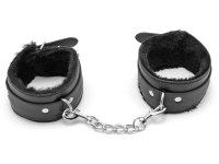 Pouta, lana a pásky (bondage): Pouta na ruce s kožíškem